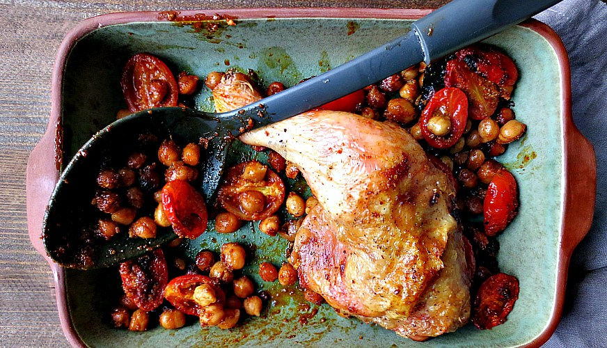 Spiced chickpeas, tomatoes and chicken