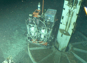 The GeoMicrobe, package of sampling instruments, ready to be plugged into the CORK. Credit: WHOI