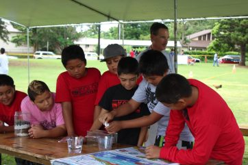 """Students learned about Kauai's groundwater aquifers in the """"Just Understanding Groundwater"""" activity tent at Kauai's Make a Splash festival, Sept. 24"""