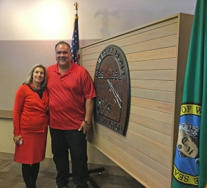 University Place Mayor Denise McCluskey and Kaua'i Mayor Bernard Carvalho Jr. pose for a photo during the Pacific Northwest Peer-Exchange Tour in Seattle last week.