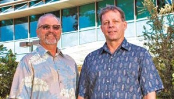 David Karl, left, and Edward DeLong. Photo courtesy of UH