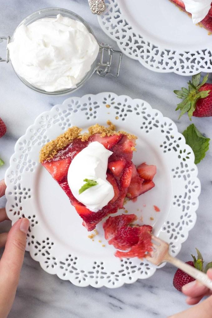 Summer Strawberry Pie - a sweet, no-bake summer dessert made without gelatin!   Fork in the Kitchen