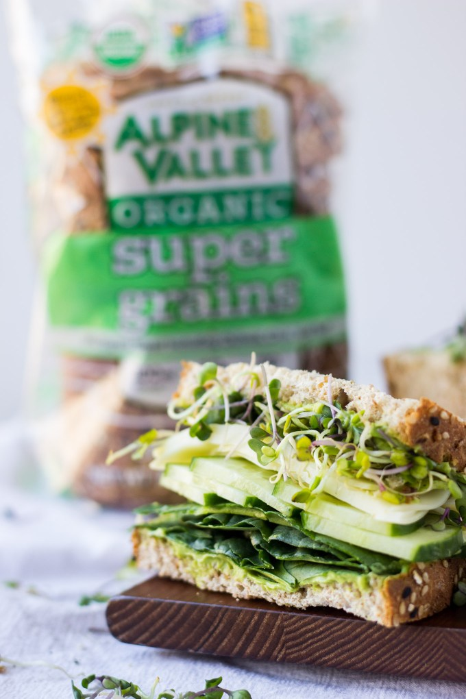 Super Greens Sandwich - a healthy, quick, nutritious lunch perfect for busy weekdays! | Fork in the Kitchen