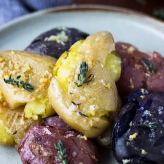 Crispy Garlic Roasted Fingerling Potatoes