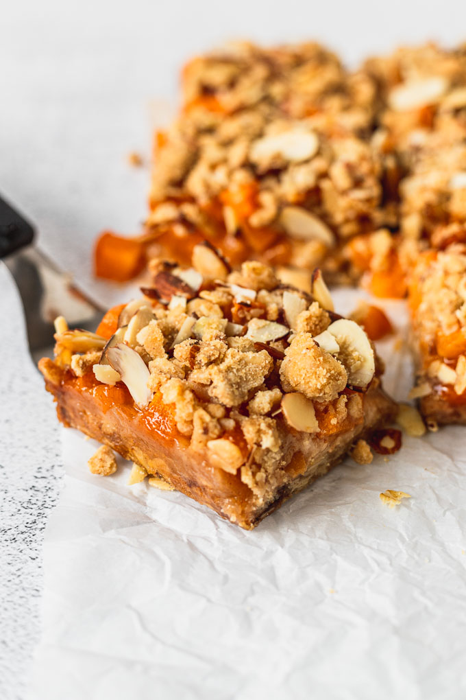 server under an apricot almond crumble bar with bars in the background