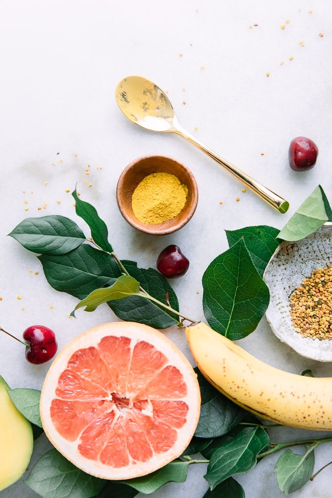Join the Fork in the Road Newsletter community for first dibs on simple superfood recipes, real talk wellness tips, and slow living inspiration from dietitian Kristina Todini, RDN. #newsletter #superfoods #dietitian #recipes #wellness #slowliving