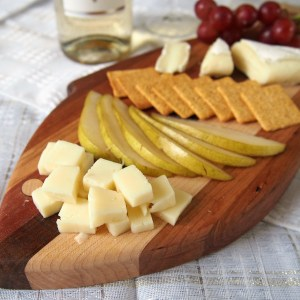 How to Assemble a Cheese Board