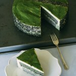 Black Sesame Matcha Mousse Cake