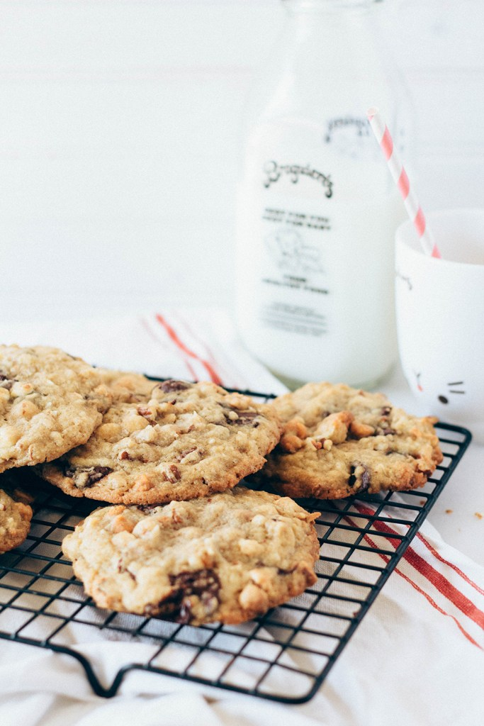 kitchen sink cookies | forktobelly