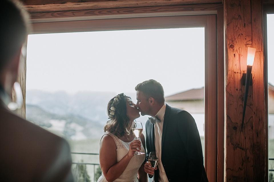 Trauung, Hochzeit, Maierl Alm, Kuss