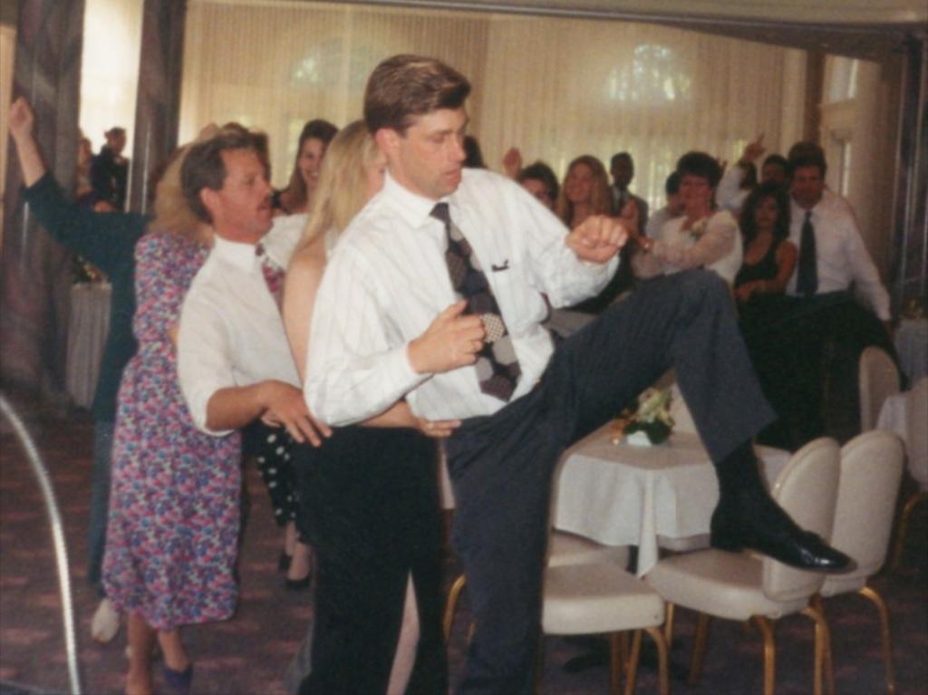 Fun wedding dancing