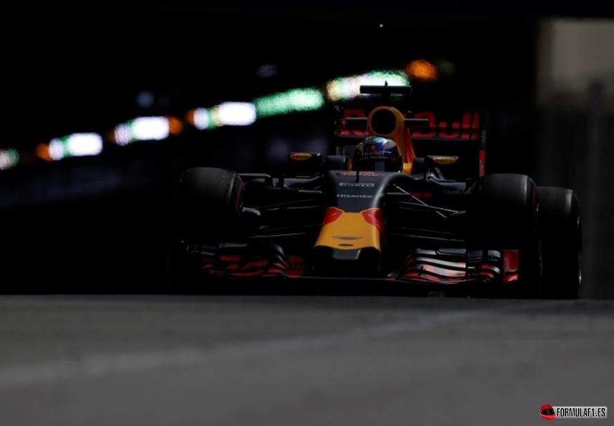 Ricciardo monaco fp2