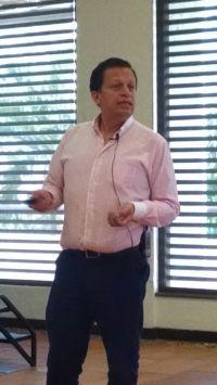 Dr. Carlos Eduardo Perez - Formula Medica