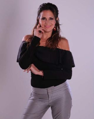 Ana Beatriz Osorio - Formula Medica