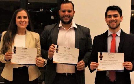 Los tres mejores estudiantes medicina del país - Formula Medica