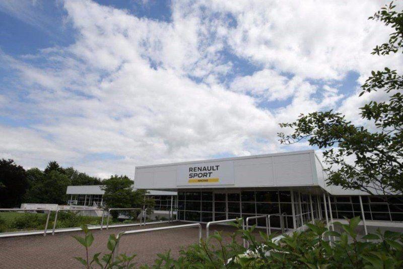 Renault confirma el cierre de sus fábricas por la situación actual