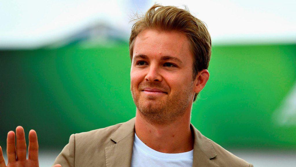 Nico Rosberg valora su campeonato por haber vencido a Hamilton en condiciones iguales