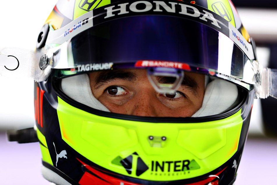 Pérez reconoce que deberán pasar por lo menos cinco carreras para adaptarse totalmente al nuevo RB16B
