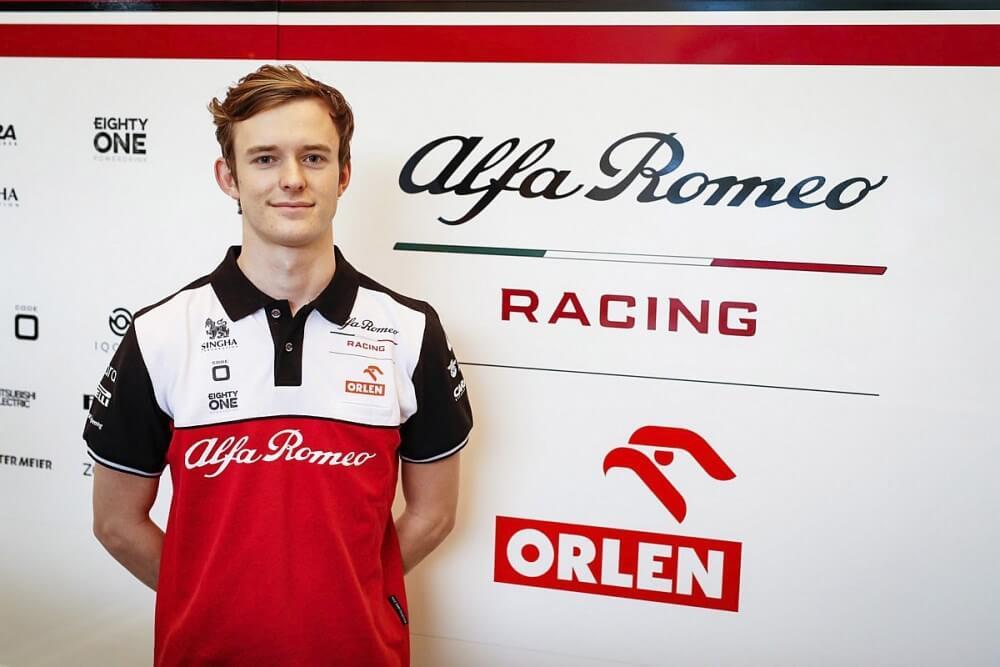 Callum Ilott disputará los Libres 1 del Gran Premio de Portugal con Alfa Romeo