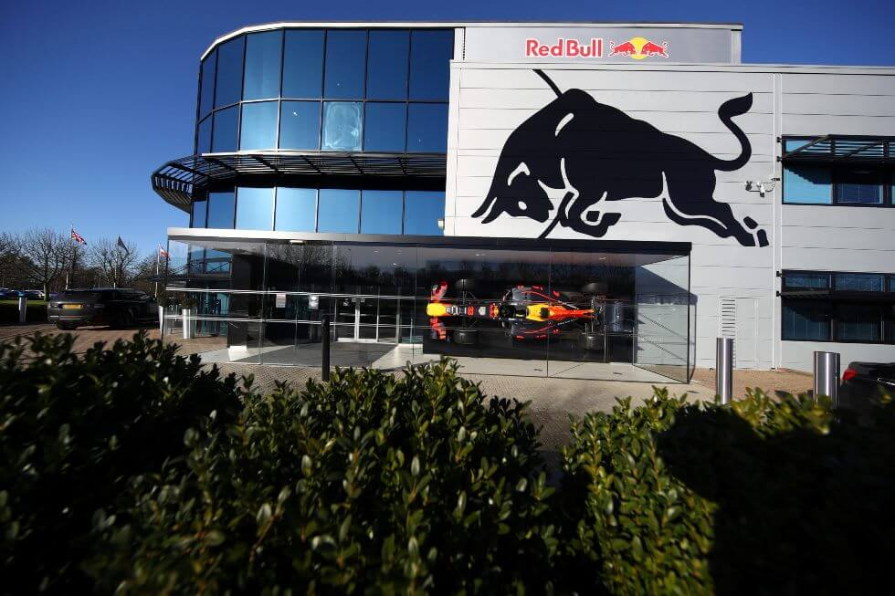 Red Bull Powertrains une a su equipo a cinco miembros de Mercedes
