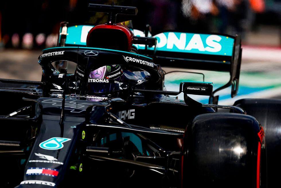 Toto Wolff no descarta la posibilidad de un nuevo cambio de motor para Hamilton