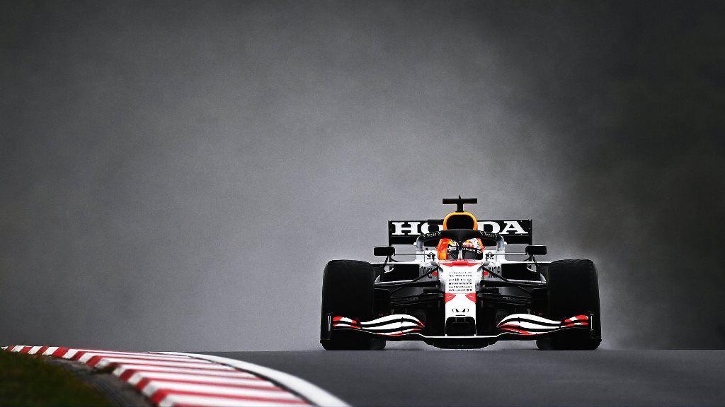 """Verstappen logra el 2° puesto en el GP de Turquía: """"No ha sido una carrera fácil, estoy contento por el resultado"""""""