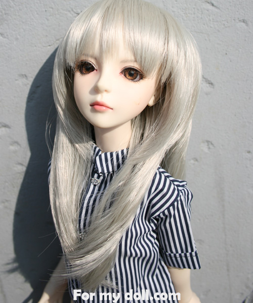 okay so this is one of wigs Id like to get my doll, but what color? XD