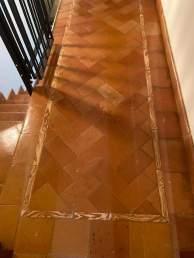 Scala con decorazione in cotto lombardo