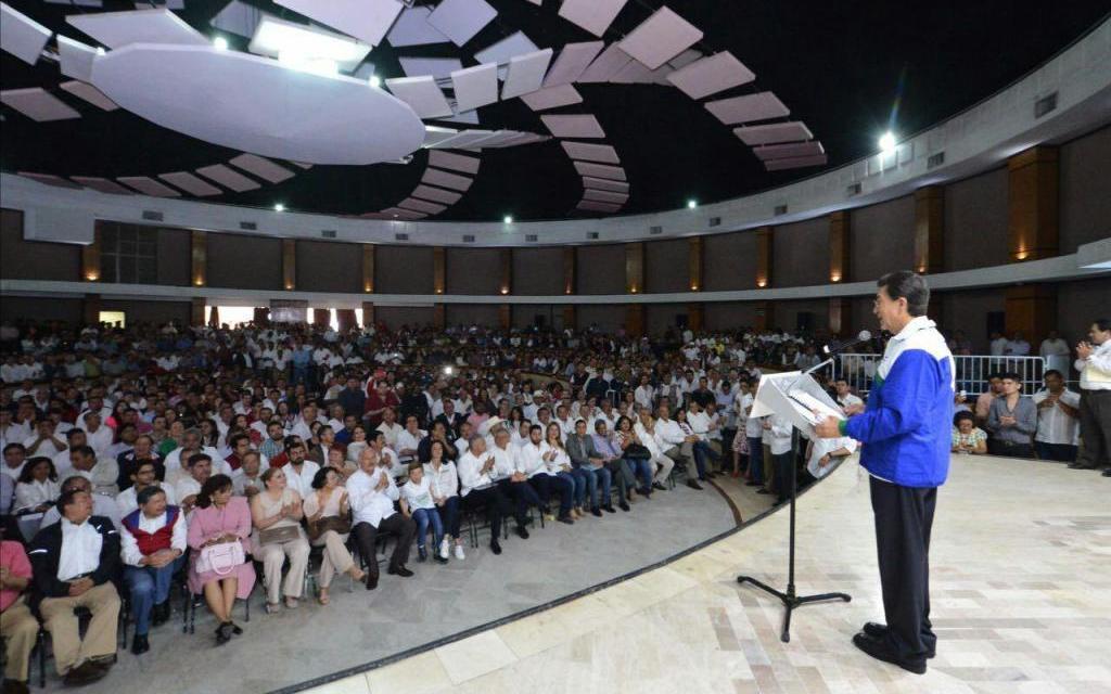 LA UV, GENERADOR DE TALENTO Y ELEVADOR DE BIENESTAR DE LOS VERACRUZANOS: HÉCTOR YUNES LANDA