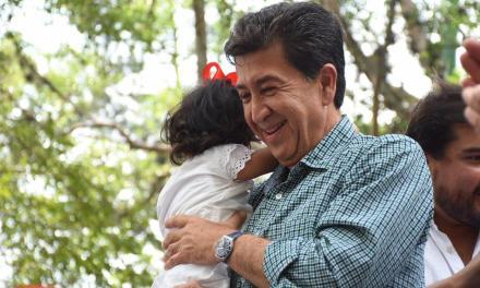 Trabajaré para un mejor futuro para las niñas y niños de Veracruz: Héctor Yunes Landa