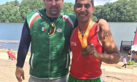 Destaca entrenador Manuel Cortina actitud y mentalidad del canoísta Heliud Pulido