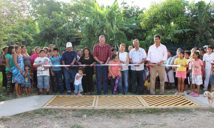 Inauguran drenes pluviales en Los Mangos
