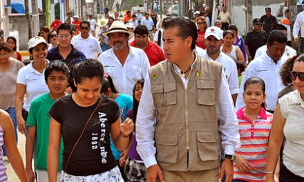 Rehabilita gobierno municipal el infonavit Reyes Heroles en Tuxpan