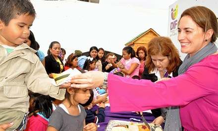 Inicia DIF Tuxpan festejos por el día de Reyes