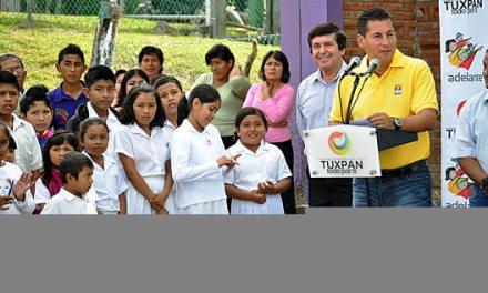 Transforma gobierno municipal de Tuxpan la comunidad de Sabanillas
