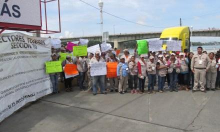 Vectores salen a botear a calles de Tuxpan