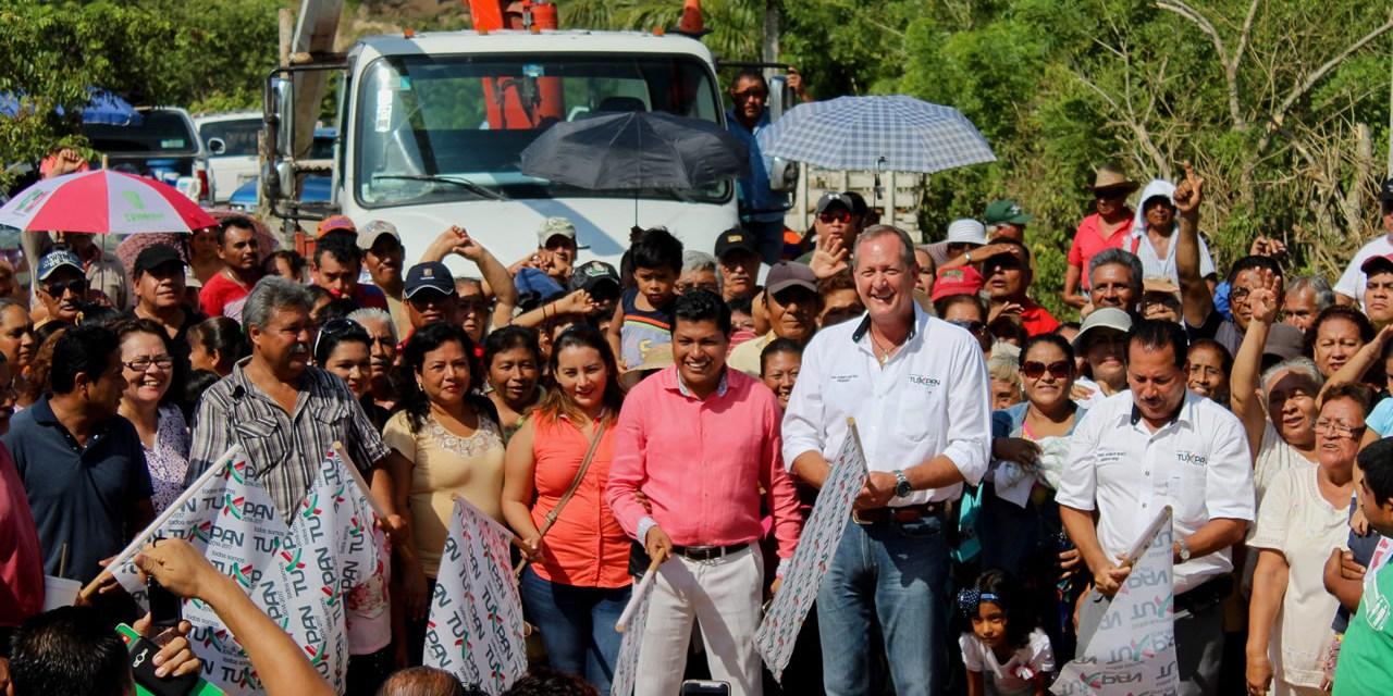 Con Sendas Obras, Ayuntamiento de Tuxpan Abate Rezago Social
