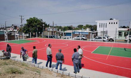 Supervisa Ruiz Díaz, Construcción de Espacios Deportivos