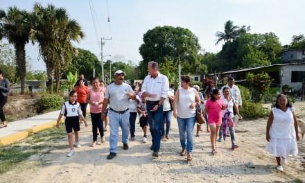 Raúl Ruiz Entrega Obras en la Manuel Ávila Camacho