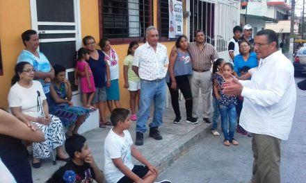 Alumbrado público para todo Tuxpan: Everardo Gustin
