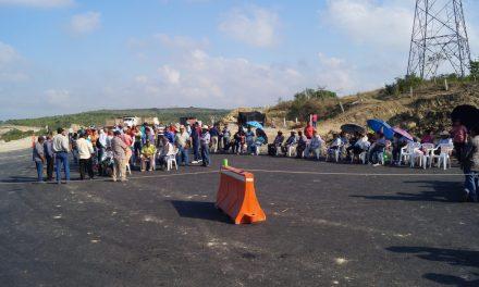 Tras llegar a un acuerdo, levantan bloqueo en la Tuxpan-Tampico
