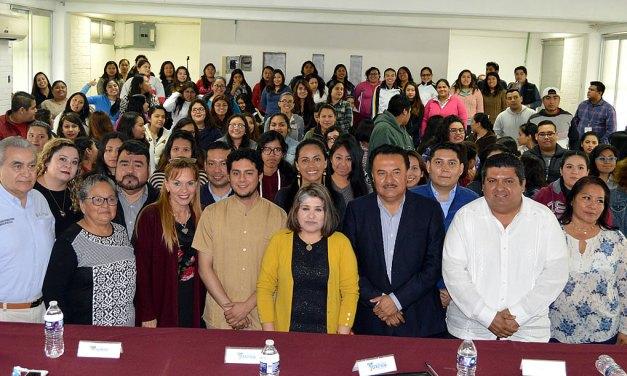 México necesita maestros más calificados: Toño Aguilar