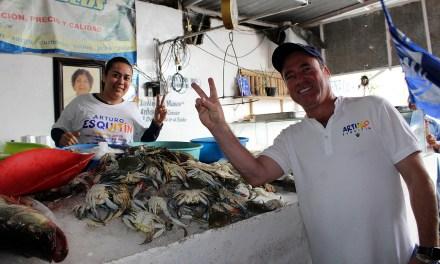 Arturo Esquitín: Promotor del cambio y transformación para el distrito 03