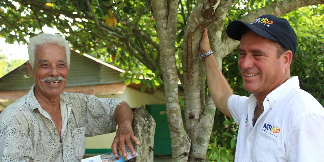 Necesario sumar esfuerzos para continuar en el camino del cambio: Arturo Esquitín