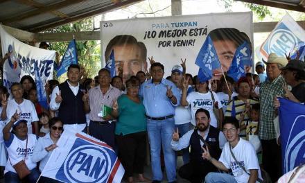 Las comunidades van a progresar, yo si se legislar: Clemente Campos