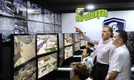 Más de 6 mil cámaras estarán al servicio de los veracruzanos en todo el estado: Gobernador Yunes