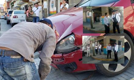 Genaro Ibañez involucrado en aparatoso choque en el centro de Tuxpan