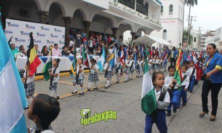 Exitoso Desfile del Día de las Naciones Unidas en Tuxpan