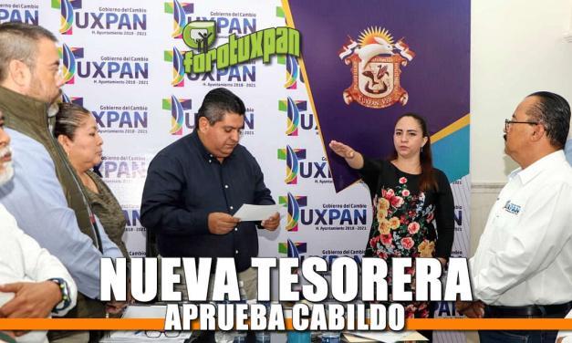 Cabildo rinde protesta a nueva Tesorera