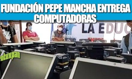 Fundación Pepe Mancha entrega computadoras